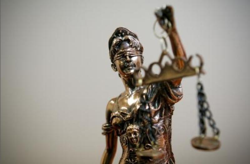 Genocidu kaltinamo V.Vasiliausko byloje laukiama KT išaiškinimo