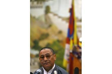 Tibetiečiai kalbasi apie savo šalies ateitį