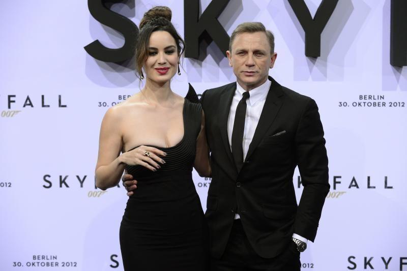 """Kinijos kino mėgėjus piktina cenzūruota """"Operacija """"Skyfall"""""""