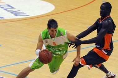 Prancūzijos krepšinio čempionui Mindaugas Lukauskis pelnė 13 taškų