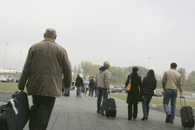 Vis daugiau lietuvių ieško darbo Didžiojoje Britanijoje