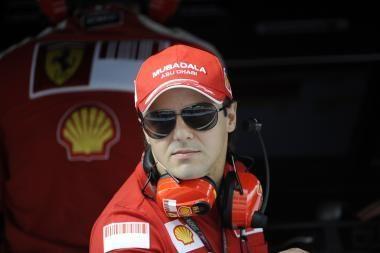 F.Massai po treniruočių Mugello trasoje – kaklo skausmai