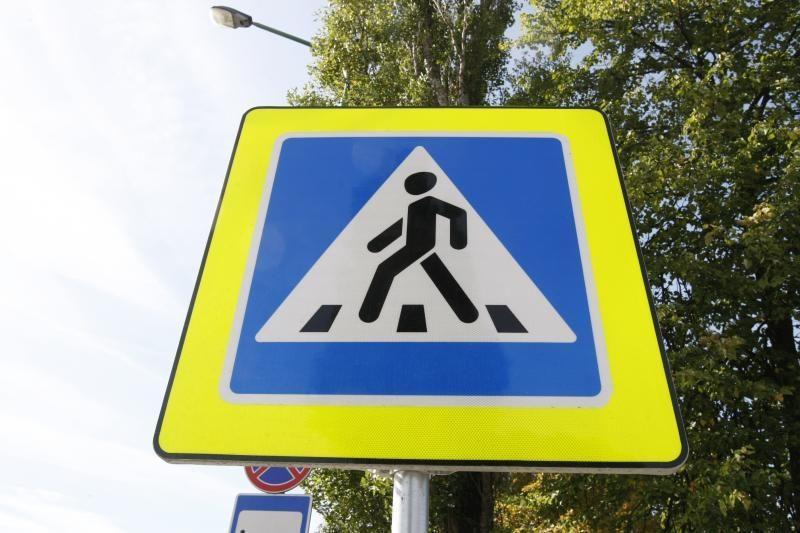 Pavojingose uostamiesčio pėsčiųjų perėjose įrengs ryškesnius ženklus