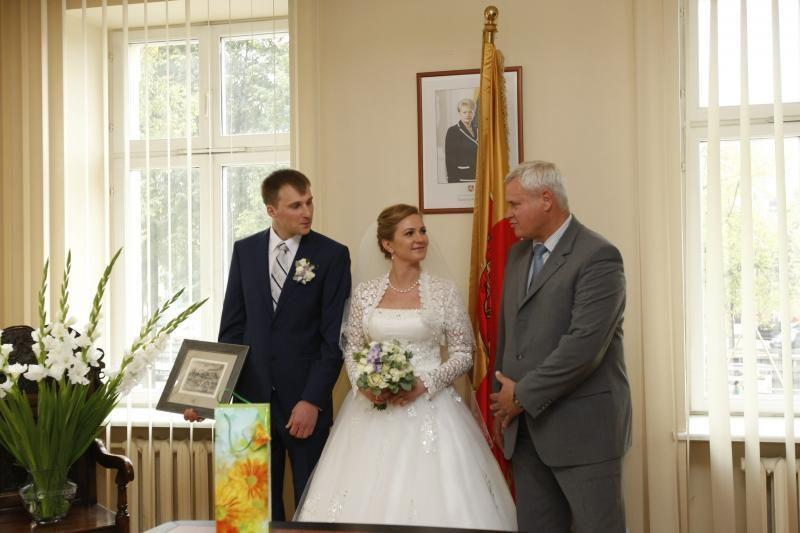 Mero kabinete įregistruota pirmoji santuoka
