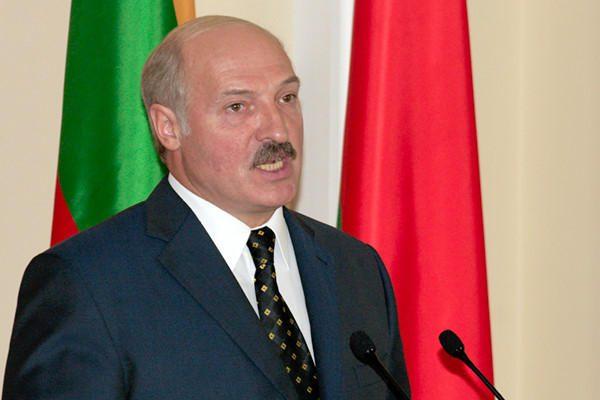 Minskas leido dalyvauti prezidento rinkimuose visiems dešimčiai kandidatų
