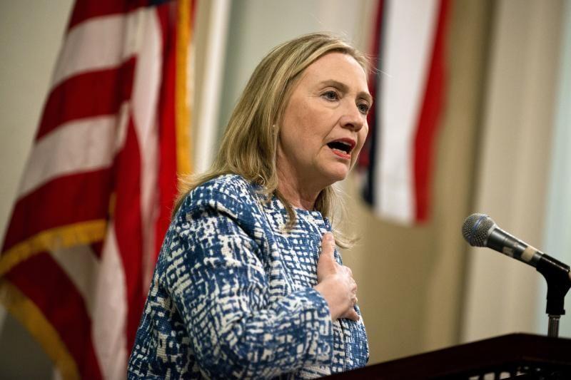 H. Clinton išėjo iš ligoninės, nekantrauja grįžti į darbą
