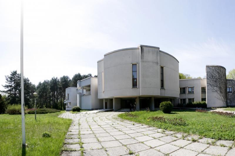 Vyriausybė privatizuos vyriausybinius Svečių namus su visais daiktais