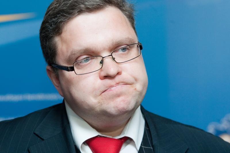 """Šįvakar bus sprendžiamas nacionalizuoto banko """"Snoras"""" likimas"""