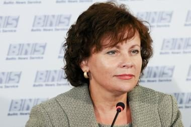 Ministrė užtikrina: visuomenė sužino visus tarptautinėse operacijose įvykstančius incidentus