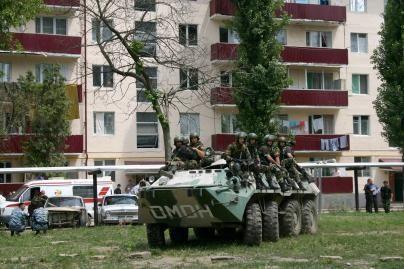 Čečėnijoje per sprogimą žuvo 9 rusų kariai