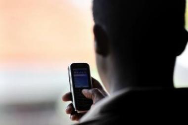 """Už mašinų stovėjimą Klaipėdoje telefonu gali susimokėti ir """"Tele2"""" klientai"""