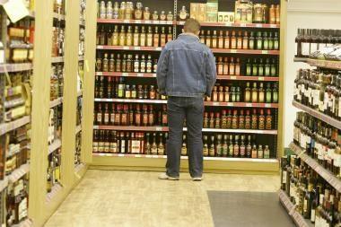 Alkoholiu prekiaujama ir po 22 val.