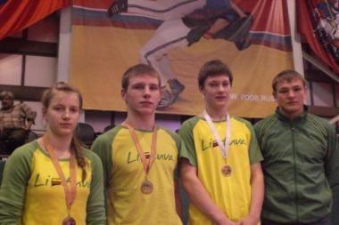 Imtynių už diržų čempionate lietuviai iškovojo keturis medalius