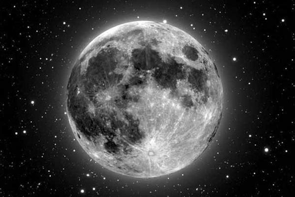 Konsteblis Britanijoje išsigando Mėnulio