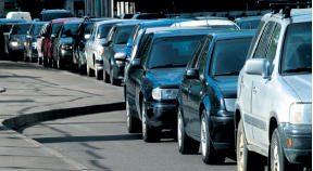 Santariškių klinikos dūsta nuo  automobilių pertekliaus