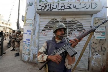 Pakistanas kirto iš peties