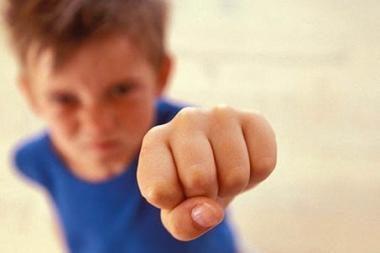 Devynerių metų berniuką Riešėje sumušė moksleiviai