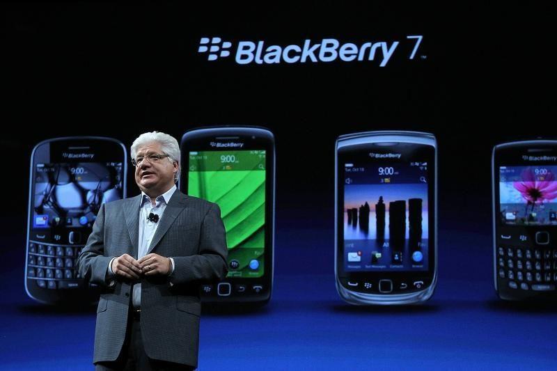 """""""BlackBerry"""" pristatė du naujus savo išmaniuosius telefonus"""