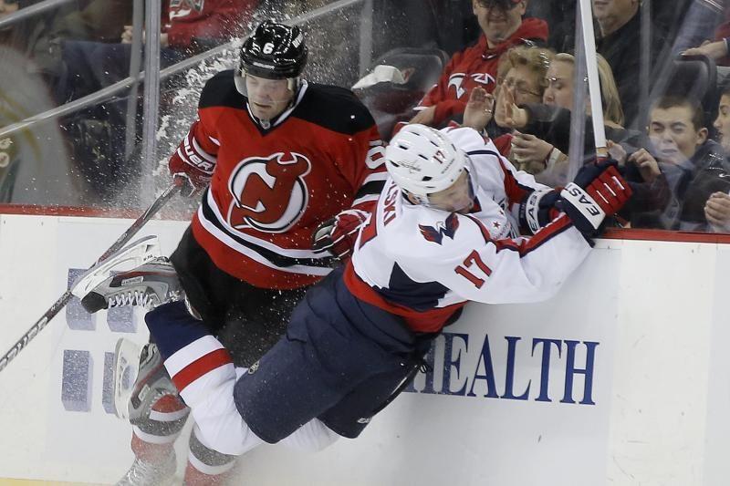 Ledo ritulys kitaip: NHL rungtynėse įvykusios muštynės
