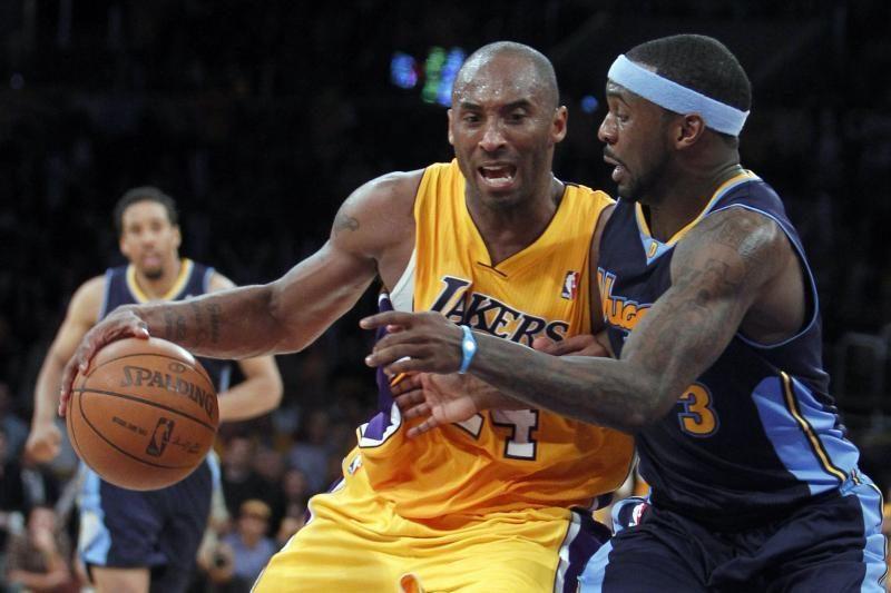 """""""Lakers"""" iškovojo antrąją pergalę serijoje"""