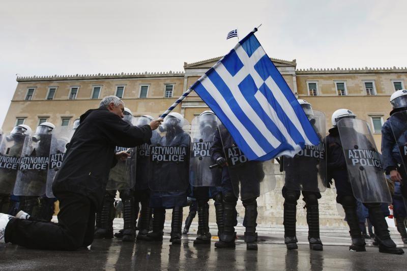 Graikijos ministrų kabinetas patvirtino taupymo priemones
