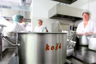 Vilniaus vaikai iš vargingų šeimų mokyklose pusryčių nebegaus