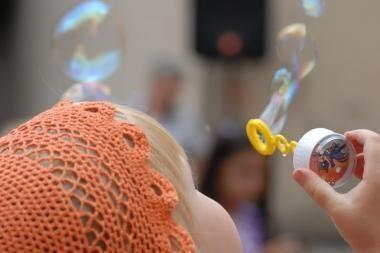 Su šeima – į burbulų šventę