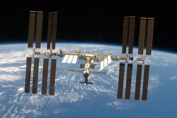 Kuo kvepia kosmosas - skrudinama mėsa ar karštu metalu?
