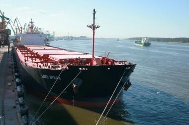 KLASCO pakrauto laivo grimzlė – 13 metrų