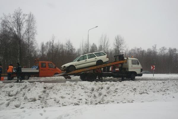 Slidus kelias: Klaipėdos rajone ryte sudaužytos 7 mašinos