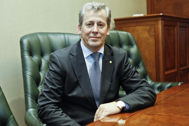 """Atsistatydino """"Achemos grupės"""" prezidentas A. Laurinaitis"""