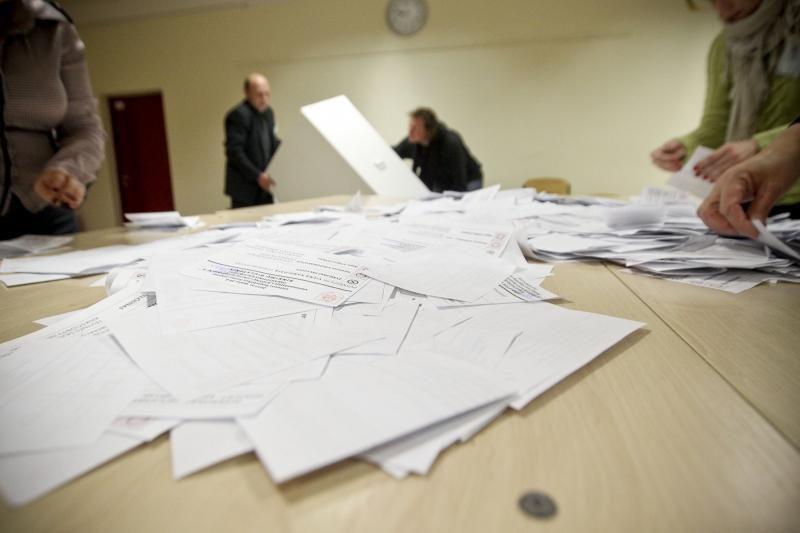 VRK spręs dėl neliečiamybės panaikinimo R. Podolskiui