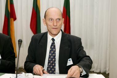 Dėl E.Jarašiūno tinkamumo būti ES Teisingumo Teismo teisėju spręs ES institucijos