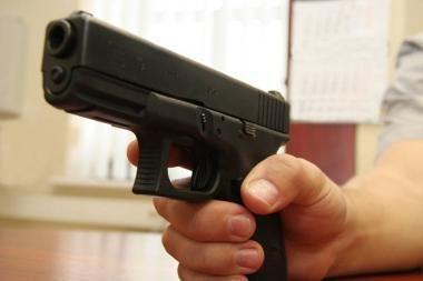 Vilniaus policija tikrins kovinių ginklų turėtojus