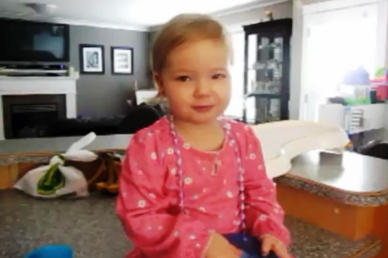 Atlikusi Adele dainą dvejų metų mergaitė tapo interneto sensacija