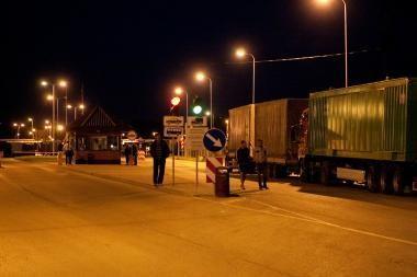 Rusai atšaukia dalį apribojimų latvių vežėjams