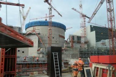Rusija ir Baltarusija pasirašė susitarimą dėl atominės jėgainės statybos