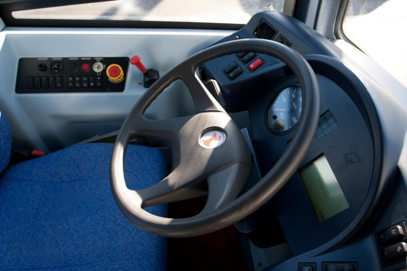 """""""AT&T Labs"""" ateities automobilius aprūpins vibruojančiu vairu"""