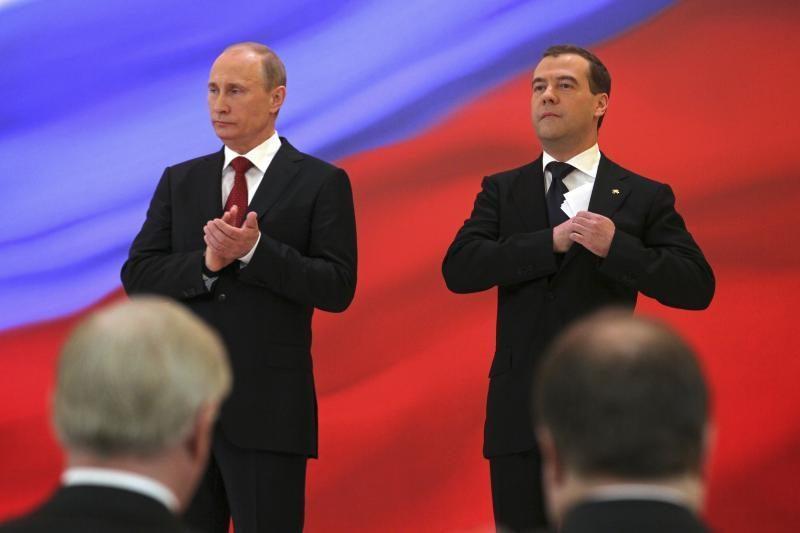 V.Putino žingsnis gali susilpninti D.Medvedevo vyriausybę