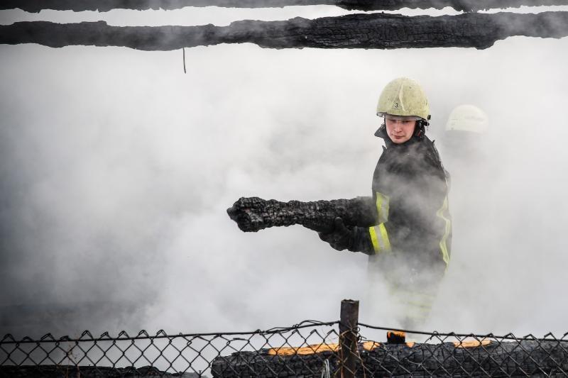 Padaugėjo gaisrų, ugniagesiai neslepia, kad jų pajėgos - ribotos