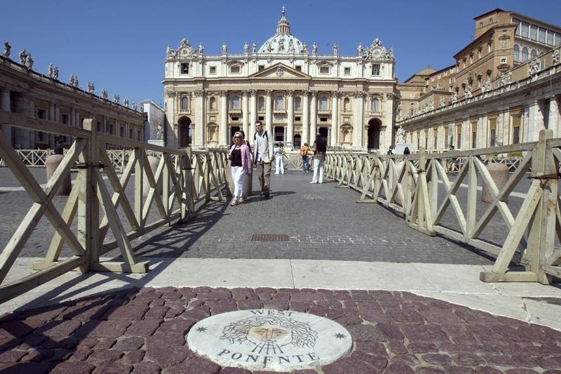 Vatikanas: suimtasis popiežiaus liokajus nėra atpirkimo ožys