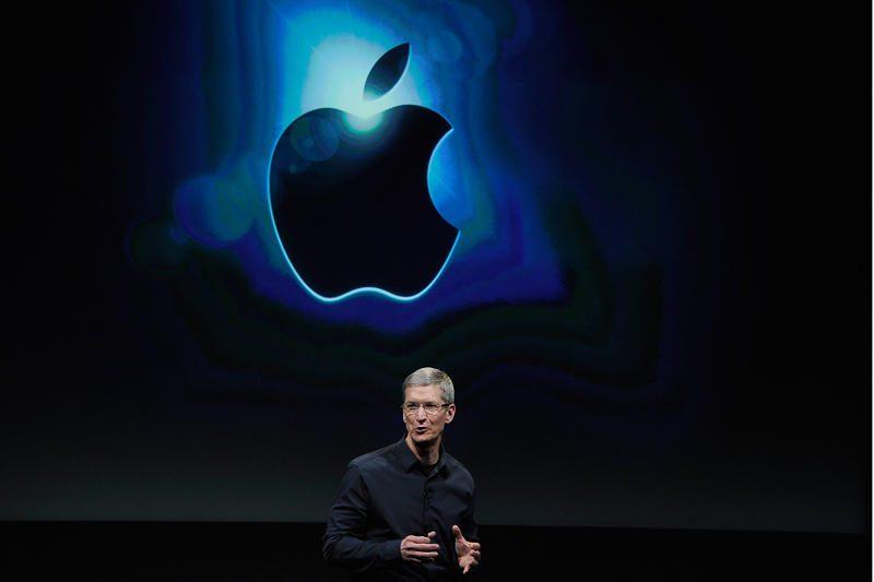 """R.Scottas sukūrė garsiausią """"Apple"""" reklamą"""