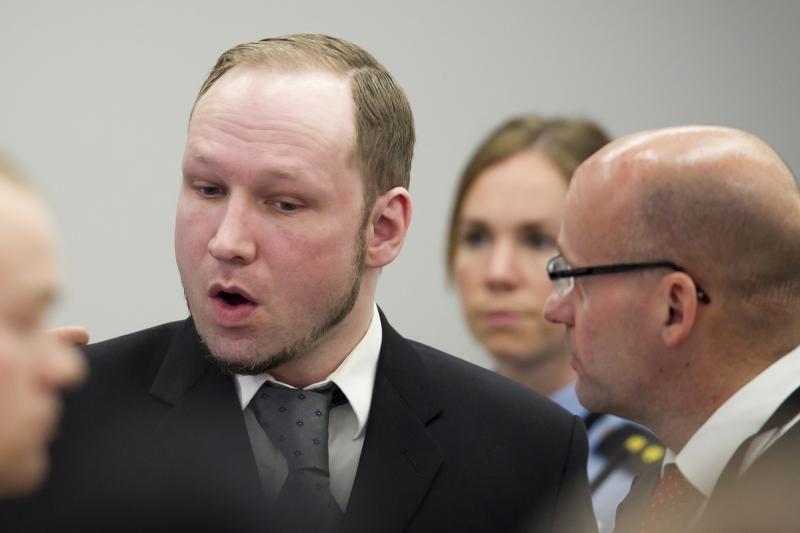 A.B.Breivikas atsiprašė dėl su politika nesusijusių aukų