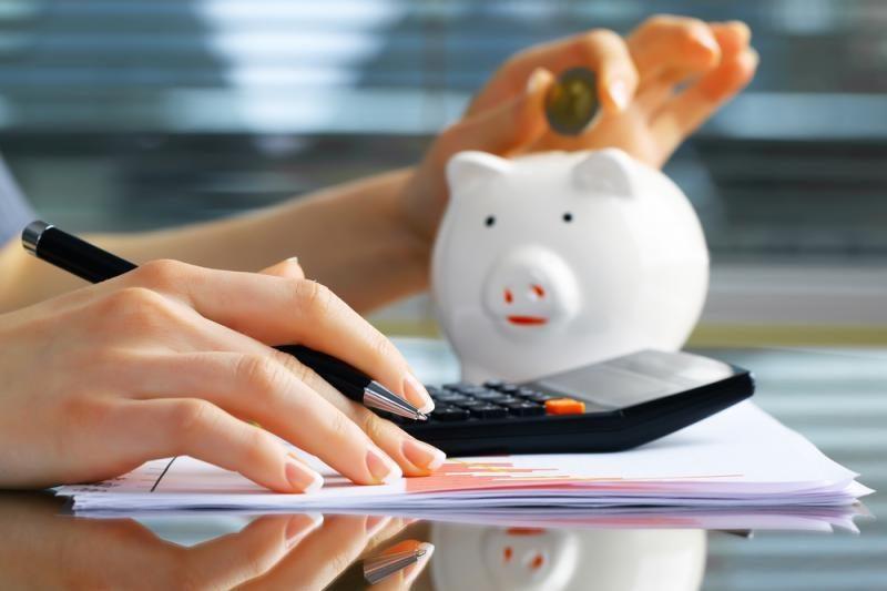 Bankai pinigų kapšus pirmiausia atveria vartojimo paskoloms