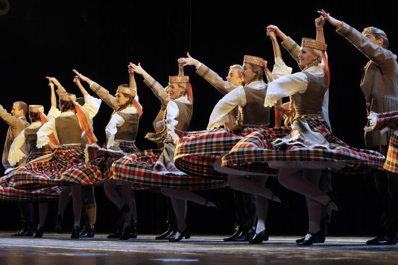 Raudondvarį išjudins tautinių šokių festivalis