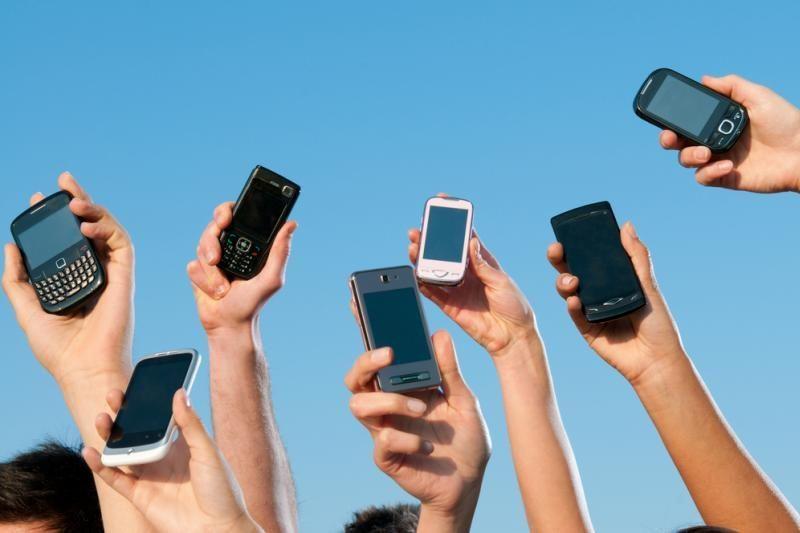 Vilniuje įsilaužus į parduotuvę pavogta kelios dešimtys telefonų