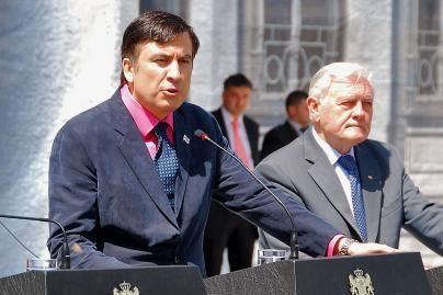 M.Saakašvilis prašo pagalbos