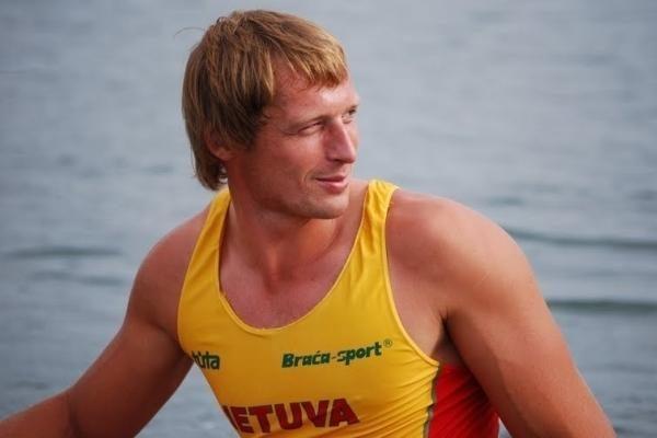 Lietuvos irkluotojai varžybų sezoną pradėjo Italijoje