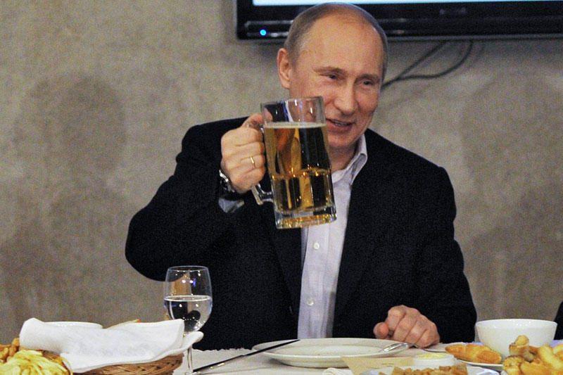 """""""Galerų vergas"""" V.Putinas nuskendo prabangoje"""