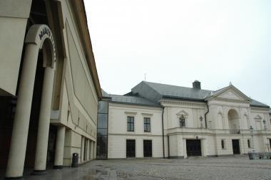 Klaipėdos dramos teatro premjeroje šeimininkaus C.Goldoni'o Mirandolina